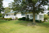 1407 County Road 1320 Moberly MO, 65270