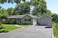 3 Russett Ln Great River NY, 11739