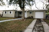 300 Nw 196th St Miami FL, 33169