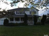 407 West Ln Riverhead NY, 11901