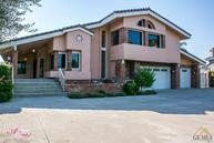 4400 Country Club Dr #17 Bakersfield CA, 93306