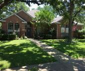 1404 Circle Lane Bedford TX, 76022