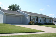 201 Brookside Dr Mayville WI, 53050