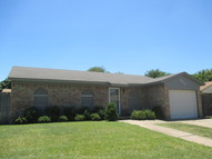 521 Annapolis Dr Fort Worth TX, 76108
