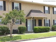 Baywood Apartments Gretna LA, 70056
