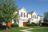 Lakeview Townhomes at Fox Valley Apartments Aurora IL, 60504