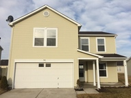 944 Runnymede Dr Greenfield IN, 46140
