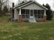 1412 Old Knoxville Rd Tazewell TN, 37879