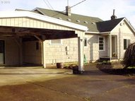 1925 15th St Springfield OR, 97477