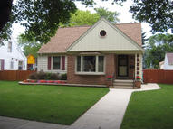 4928 N Iroquois Ave Glendale WI, 53217