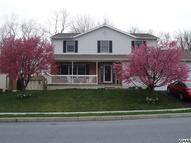 18 Willow Way Drive Enola PA, 17025