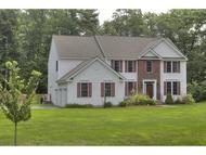 27 Pondfield Road Bedford NH, 03110