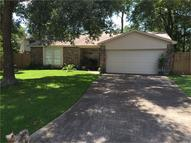 1915 Shark Ct Crosby TX, 77532