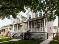 4579 North Melvina Avenue Chicago IL, 60630