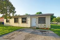 2870 Nw 22nd St Fort Lauderdale FL, 33311