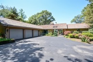 7 Brierwoods Lane Hawthorn Woods IL, 60047