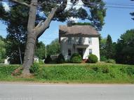 671 River Road Topsham ME, 04086