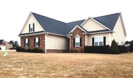 279 Porlock Way Raeford NC, 28376