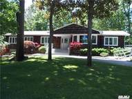 37 Wilmington Dr Melville NY, 11747