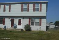 15 Courier Dr Taneytown MD, 21787
