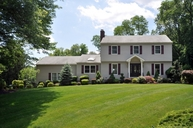 7 Greensview Ct Scotch Plains NJ, 07076