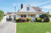 373 S Twin Ln Wantagh NY, 11793