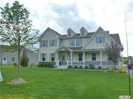 55 Hamptons Ct Eastport NY, 11941