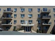 2035 Central Park Avenue 3h Yonkers NY, 10710