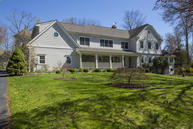 38 Horse Shoe Lane Stamford CT, 06903