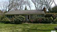 9 Lester Ct East Northport NY, 11731