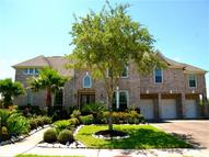 11704 Crescent Bluff Dr Pearland TX, 77584