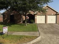 2206 Manchester Ln Pearland TX, 77581