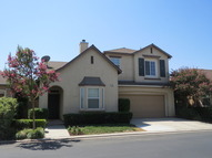 768 W. Bordeaux Lane Clovis CA, 93611