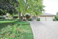 1000 Forestview Lane Glenview IL, 60025