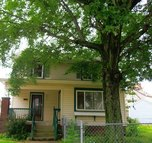 2239 10th St Nw Canton OH, 44708