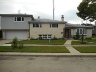 9400 Leamington Street Skokie IL, 60077