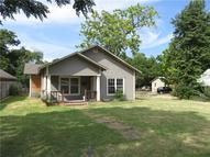 611 Lawrence Avenue Terrell TX, 75160
