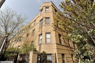 734.5 West Barry Avenue 1n Chicago IL, 60657