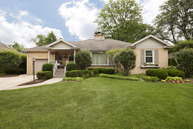 821 Windsor Road Glenview IL, 60025