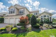 15 Hamlet Woods Dr Saint James NY, 11780