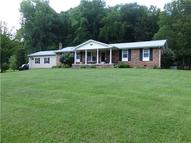 648 Tottys Bend Loop Duck River TN, 38454