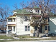 214 Confederation St Apartments Sarnia ON, N7T 1Z8