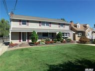 3385 Demott Ave Wantagh NY, 11793