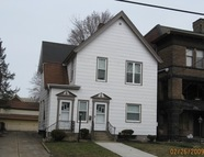 236 West 8th Street Apt. 1w Erie PA, 16501
