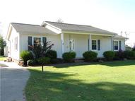 38 Pine Tree Ln Leoma TN, 38468