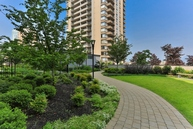 Parkview Towers Apartments Burnaby BC, V5H 1S7