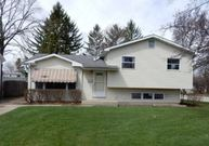 660 North Prairie Avenue Mundelein IL, 60060