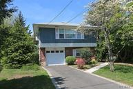 4 Clifford Pl East Norwich NY, 11732