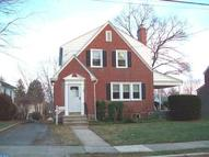 27 Lindbergh Ave Broomall PA, 19008