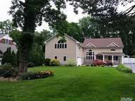 36 Soundview Dr Fort Salonga NY, 11768